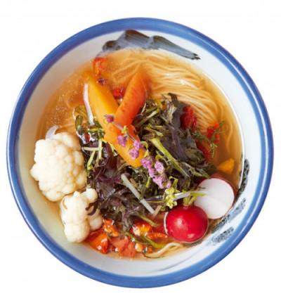 「食」のトレンド10 彩り野菜のヴィーガンらーめん