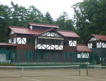朝倉さん 軽井沢テニスクラブ