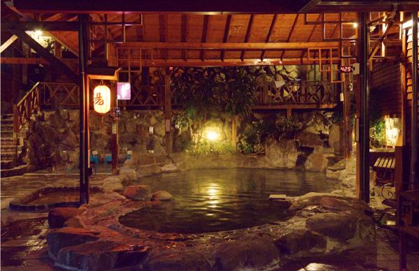 日式露天温泉会館 露天風呂
