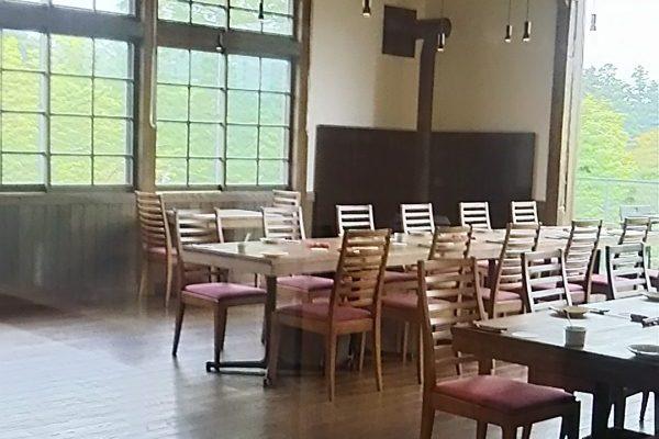 小学校にフレンチレストラン? 長岡の和島トゥー・ル・モンド