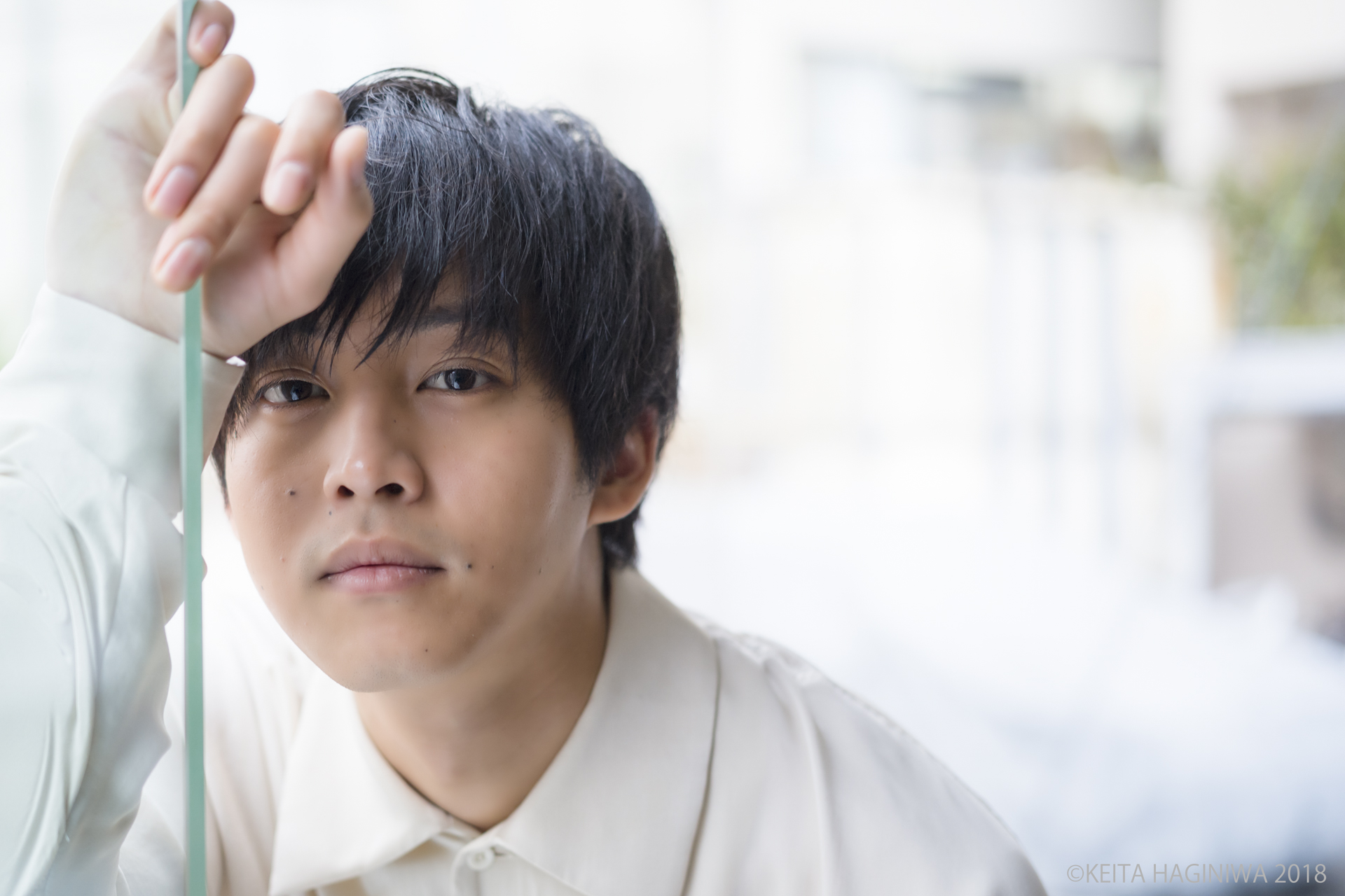 松坂桃李さんが「濡れ場」で表現したかったこと(インタビュー/前編)