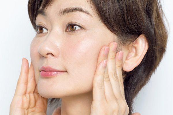 二重あごなどには、耳下腺リガメント(靭帯)ケア