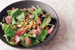 もち麦レシピ①/もち麦と生ハム、豆のサラダ