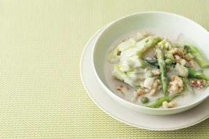 スーパー大麦レシピ①/グリーンの野菜とスーパー大麦のココナッツスープ