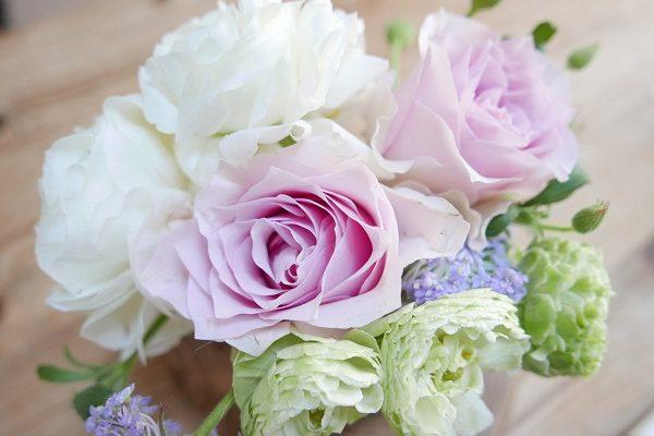 息子からの花と春のおもてなし