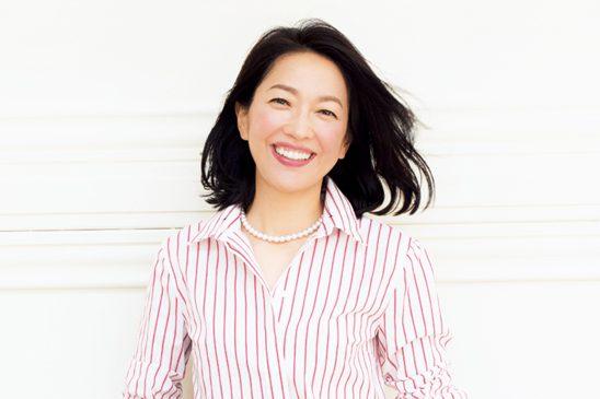 スタイリスト坂本久仁子さん が羽田美智子さんにアドバイス/シャツ&デニムのこなれスタイル