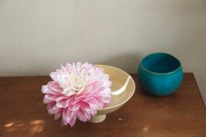 羽田美智子さんの「花を生ける暮らし」/幸せになれる、花とのつき合い方