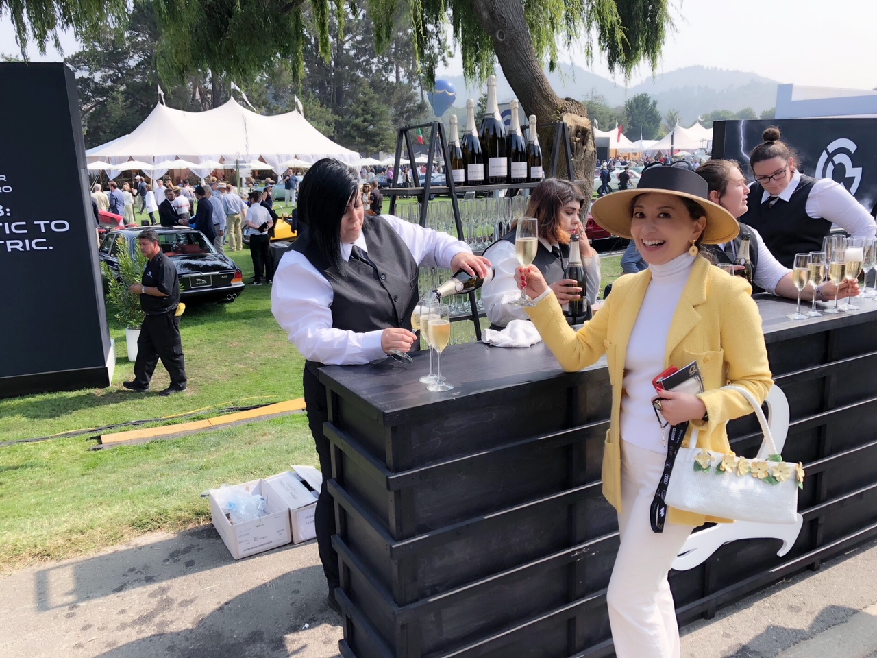 朝倉さん シャンパン
