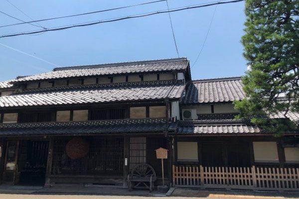 風雅な古民家宿と北国街道の宿場町・木之本、紅葉散歩案内