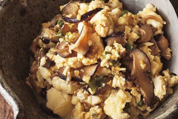 「作りおき」で毎日手軽に「きのこパワー」を摂取!⑤「じゃこしいたけ」で「豆腐と卵の炒め煮」
