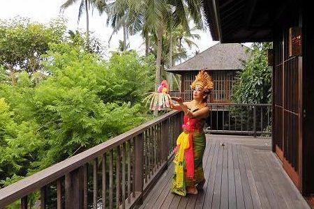 バリ島隠れ家リゾートでバリ舞踊体験 。 スパや食事なども組み入れた「美人滞在」とは?
