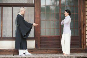 羽田美智子さんも体験「すきま瞑想」のすすめ⑥「歩く瞑想」を実践しました