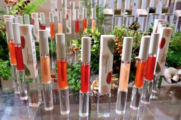 日本発の自然素材によるメイクアップコスメの元祖、ナチュラグラッセ2019春の新作は…