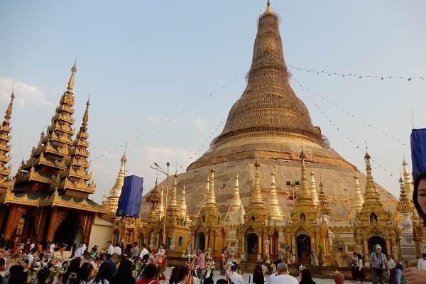 直行便で行けるミャンマー 、ヤンゴンから心洗われる旅へ