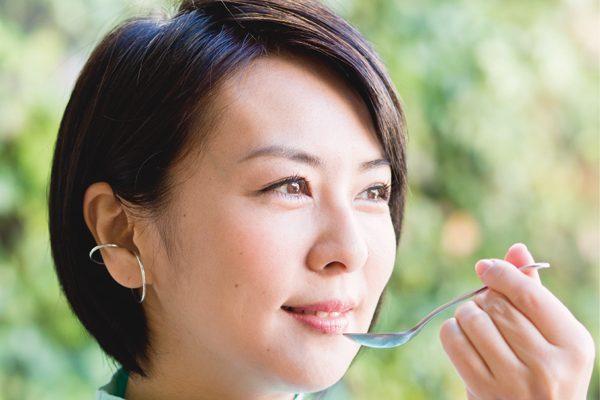 岸紅子さんの毎日YOJO②スプーン1杯のオイルでリラックス