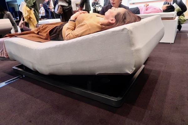 人間は横になると呼吸しにくいって知ってた?入眠しやすい方法とは?