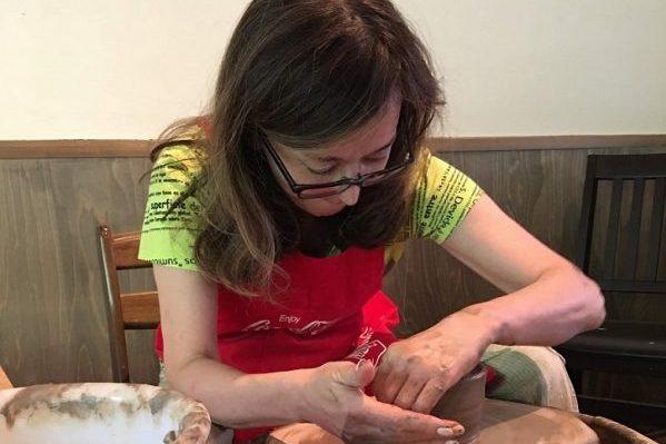 京都の老舗、嘉祥窯(かしょうがま)の森岡嘉祥先生に陶芸を学ぶ旅が実現しました