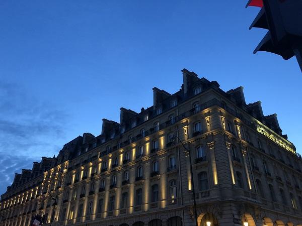 小林さん パリの夜