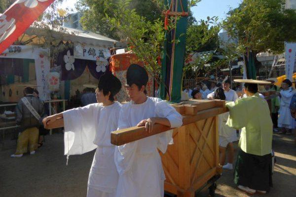 日本三大祭り、大阪天神祭りに行ってきました