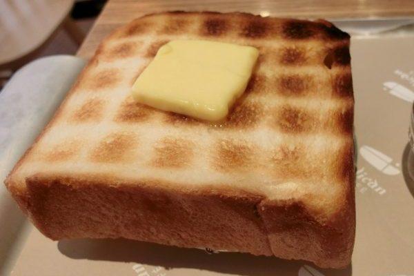 パン好きが銀座線で行くパン屋さん巡り