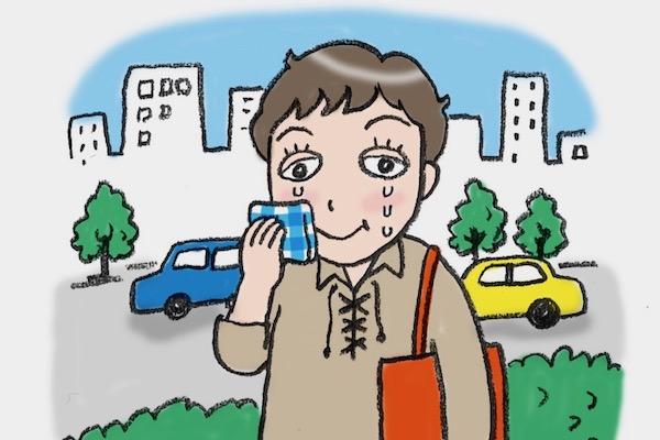 発症から3年。当時の写真は薄目や下向きばかり…/甲状腺疾患で涙目、眼球突出に! 50代ライターのバセドウ病眼症闘病記③