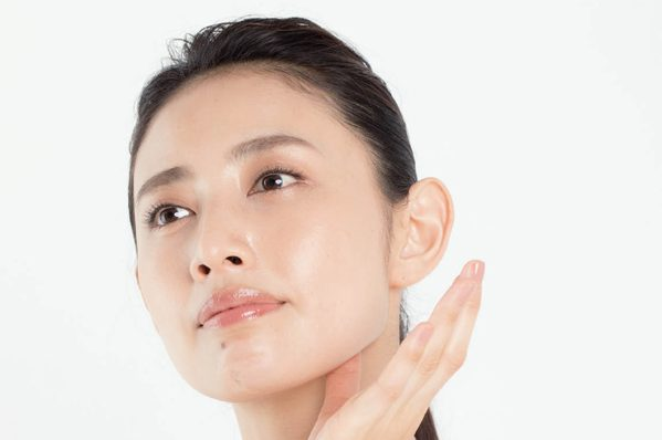 【動画あり】あごの緊張を緩めて二重あごを解消する方法は/森 拓郎さん伝授③