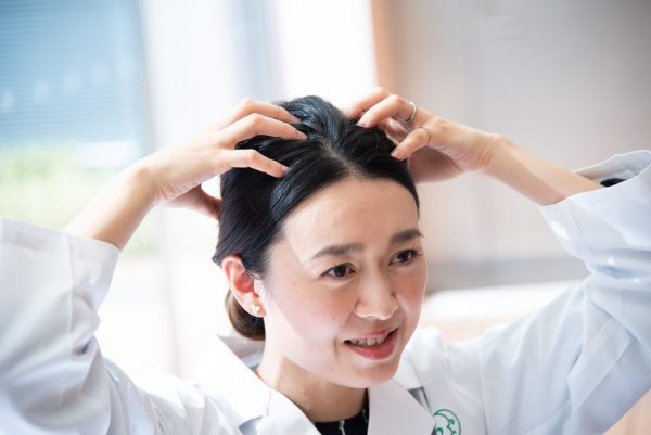 みんなの「頭皮の悩み」は主に4つ! きちんと、しかも気持ちいいケアは?