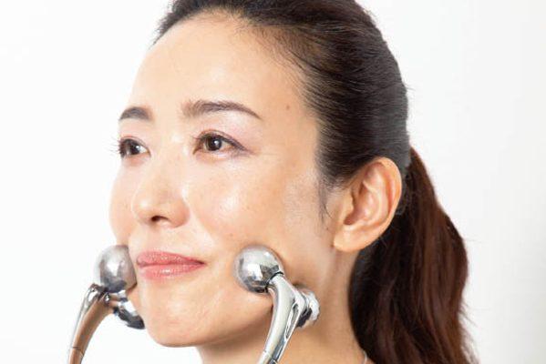 三雲孝江アナ開発のフェイスアップクリップほか「すっきり顔」に効果的な道具(前編)