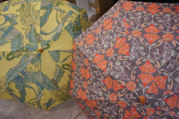 おうちで楽しむ、京の味と物⑨京の植物模様の晴雨兼用傘 「椿ラボ京都」