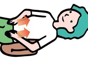 下腹部トントン&大腸押し上げマッサージの方法は?/便秘を解消するマッサージ③