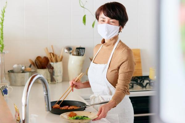 マスク刺激に悩む人気料理家が始めた「新習慣」は?