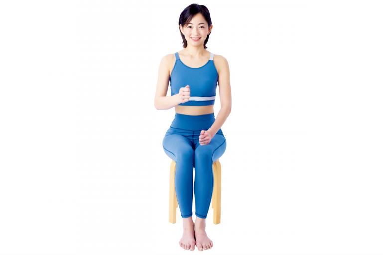 骨は刺激で丈夫になる!座ったまま1分 「膝コツコツ」体操とは?/「死ぬまで歩ける骨」づくり①