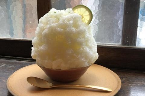 人気沸騰!渋谷区西原の新店で、かぼすのかき氷とこんにゃく寿司を満喫♡