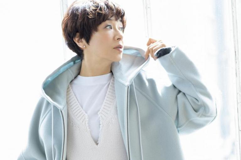 黒田知永子さんが提案! この冬、大人には「ちょっと大きめ」と「ひとクセある服」が必要です