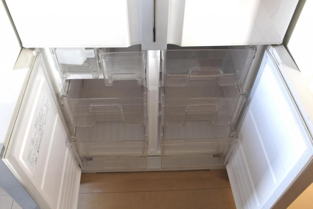マドレーヌ 冷凍庫引き出し6つ