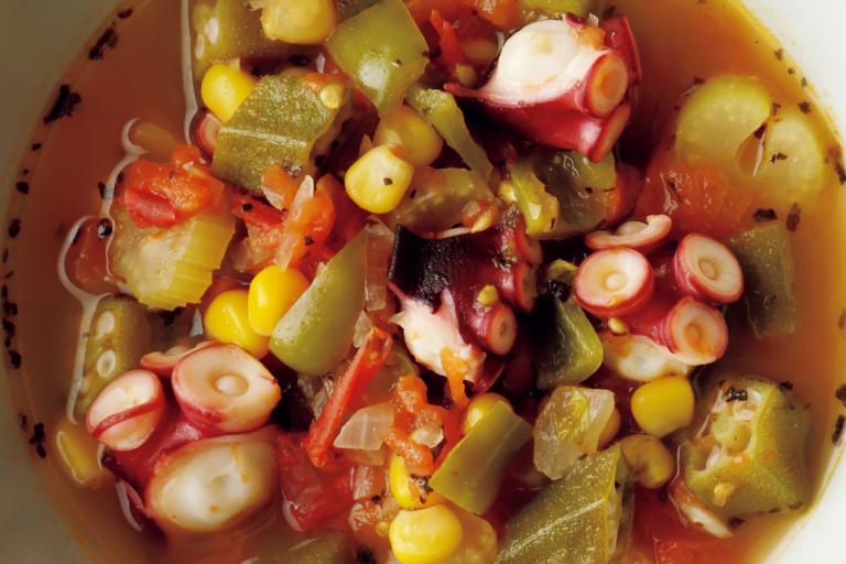 タバスコのピリ辛風味で脂肪燃焼効果も「タコと野菜のスープ」/野菜スープに「+魚介類」で栄養価とおいしさアップ