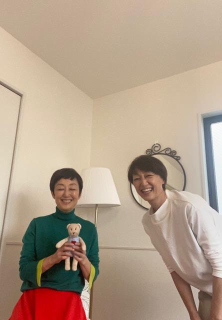 吉川千明真実のアンチエイジング、妹とツーショット
