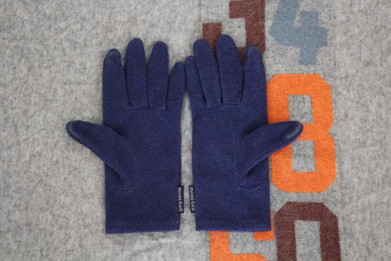 「モンベルのシャミースグローブ」の快適性は、手持ちのスマホ手袋とは雲泥の差だった!