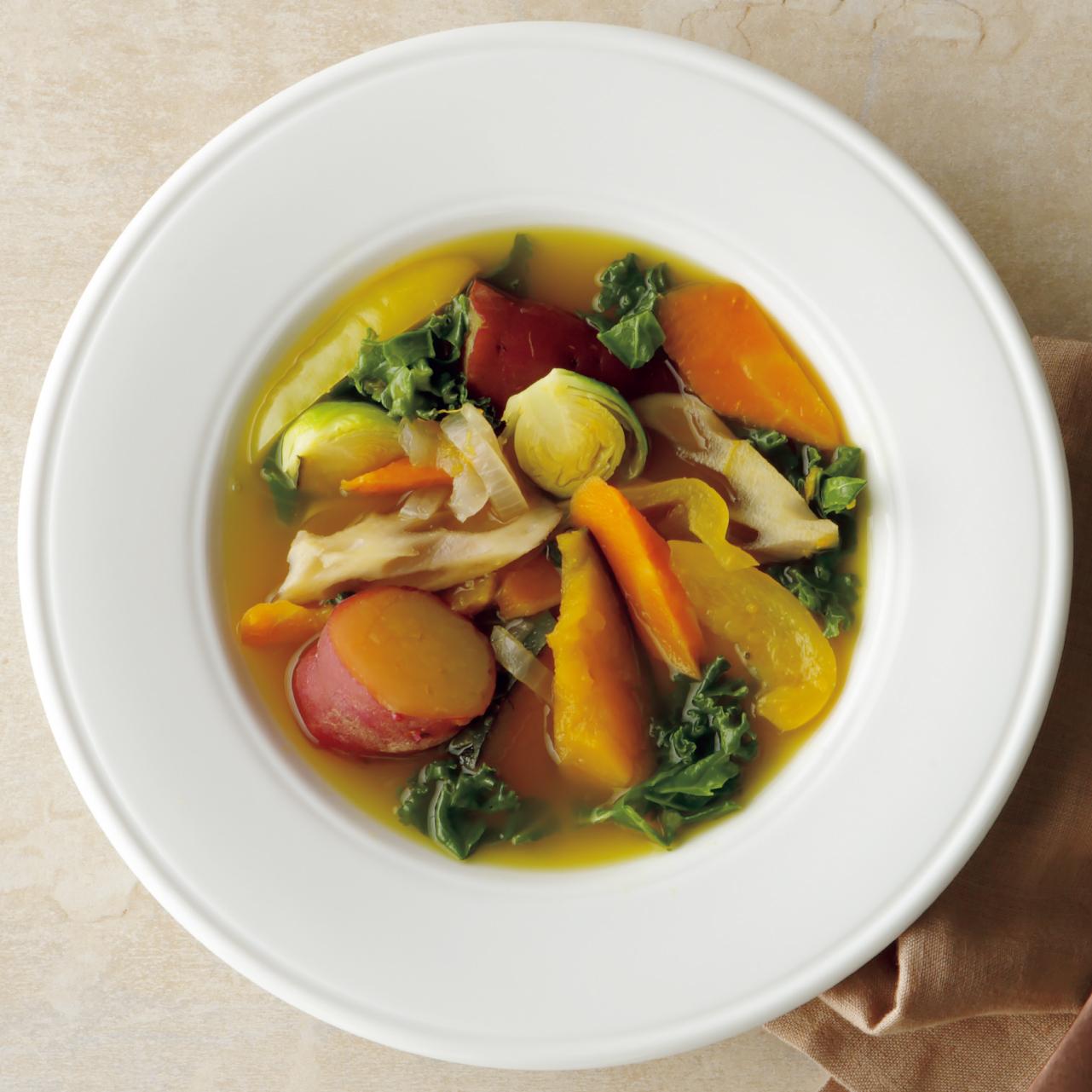 旬の野菜を使って作る病気を防ぐ野菜スープ