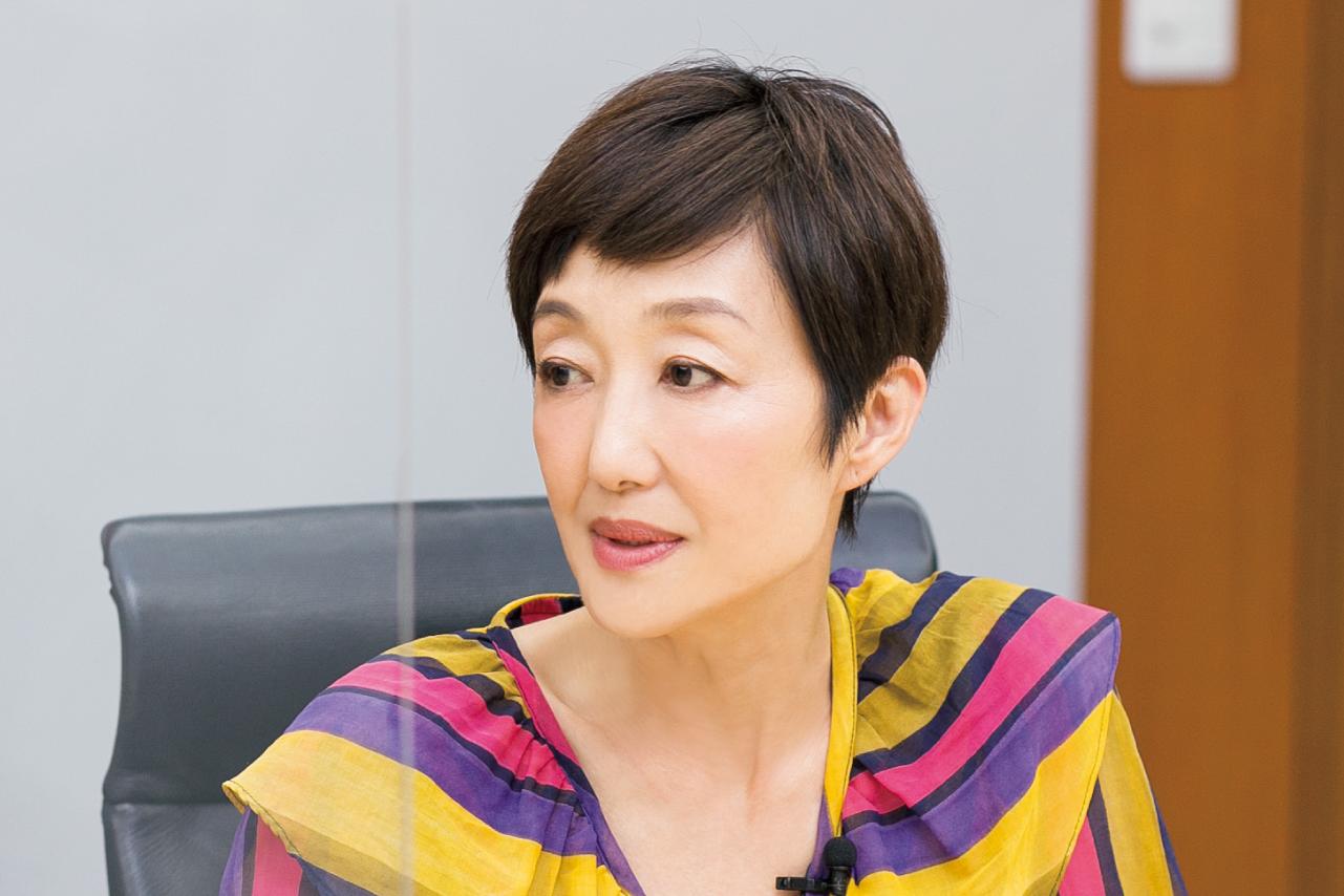吉川千明さん 対談シーン