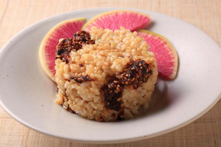 体を温める玄米+味噌の発酵パワーで、体をポカポカに!