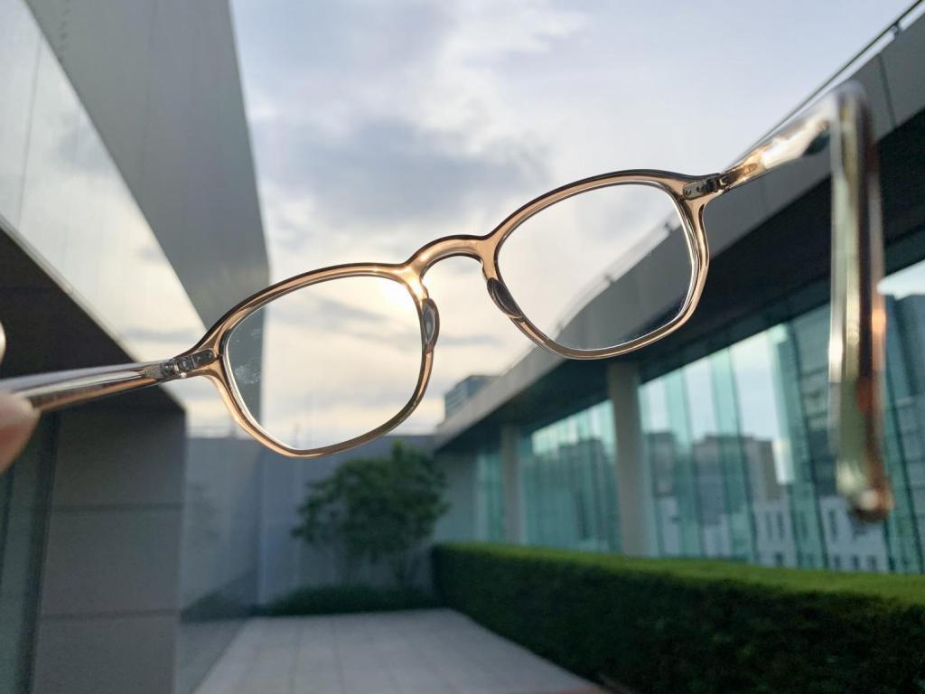 3カ月限定で「目の疲れを取る」ための遠近両用メガネ