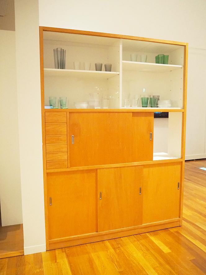 世田谷美術館 アアルト展 再現された食器棚