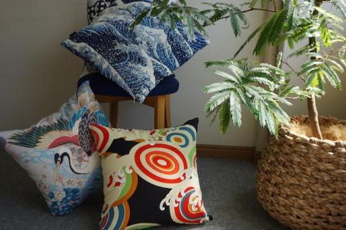 おうちで楽しむ、京の味と物 ㊱おうち時間をパワーアップさせるカラフルな布の品々 「京友禅アロハシャツ&カットソー Pagong(パゴン)」