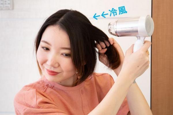 梅雨時期のくせ毛に悩む方はチェック!「鉄板スタイリングテク」教えます!