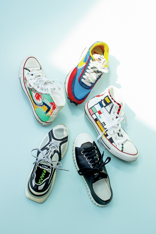 黒田知永子さんの私物スニーカーから。