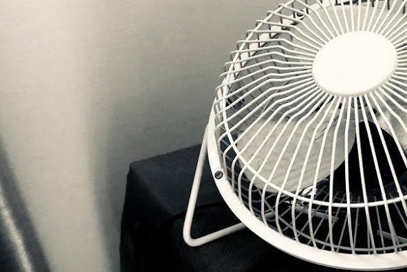 酷暑の夏、眠りの質を下げないために必要な、寝室の工夫4つ