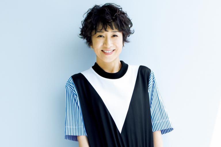 黒田知永子さんのおしゃれ「夏もやっぱり黒が好き」