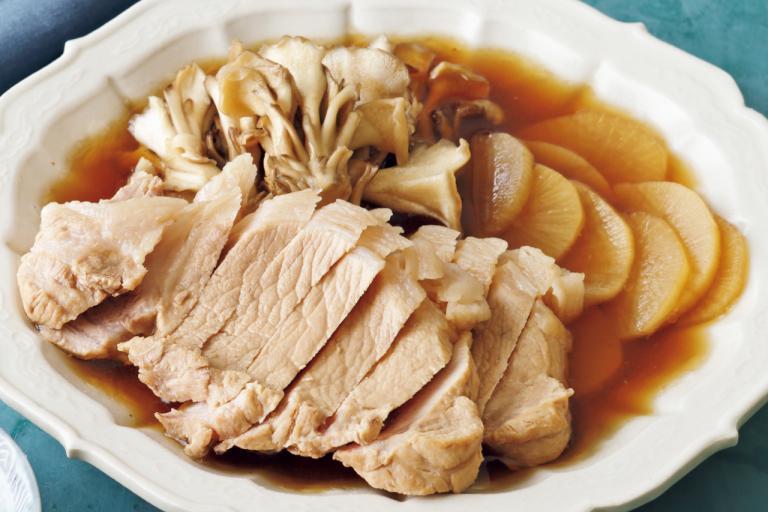 豚肉にはミネラルのほか、疲労回復効果のビタミンBも「トンカツ肉で簡単煮豚」【鍋ひとつでOK】/ミネラル不足解消レシピ⑪