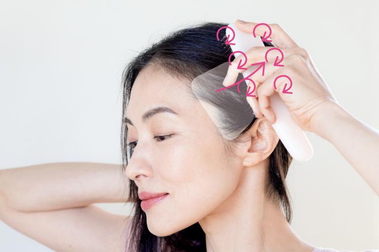 ブラシを使って「頭皮3筋」マッサージをする方法は/毛髪診断士・伊熊奈美さんの素髪を磨くワザ②